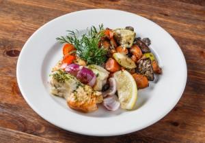 Шашлык из рыбы с овощным рататуем